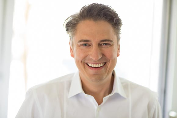 Dr. Dietmar Hellebrand